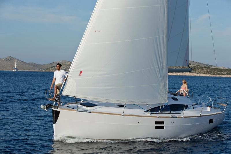 Navalia - Imbarcazione Elan Impression 40 2