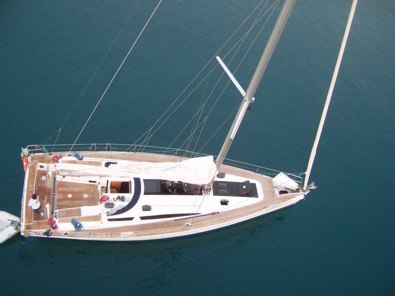Navalia - Imbarcazione Elan 450 2