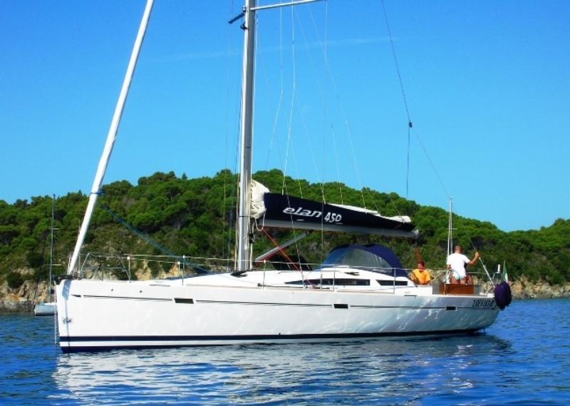 Navalia - Imbarcazione Elan 450 3