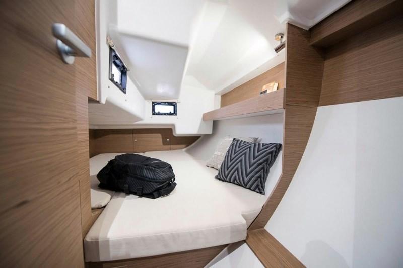 Navalia - Imbarcazione Elan E3 10