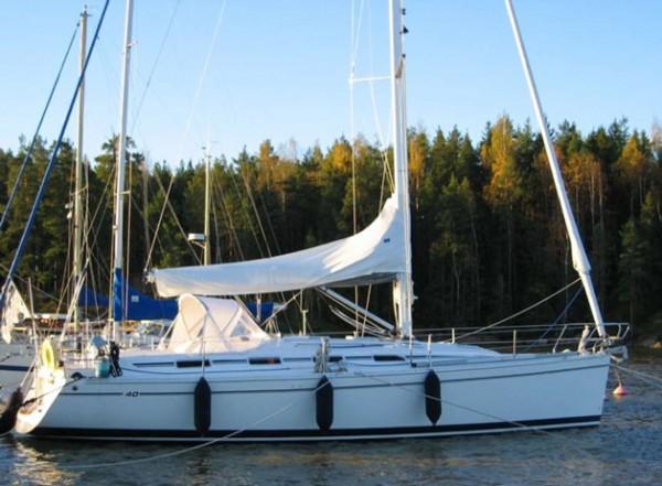 Navalia - Imbarcazione Eminence 40 2