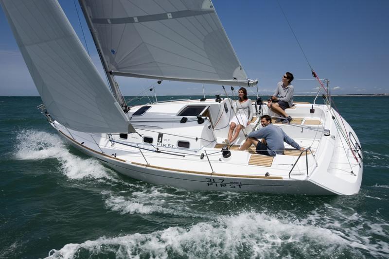 Navalia - Imbarcazione First 31.7 1