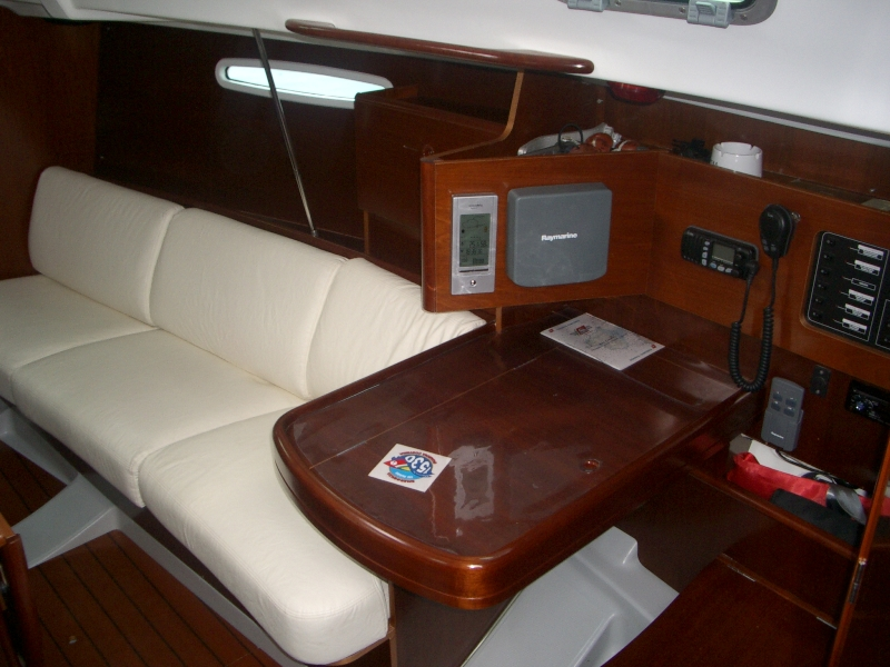Navalia - Imbarcazione First 31.7 7