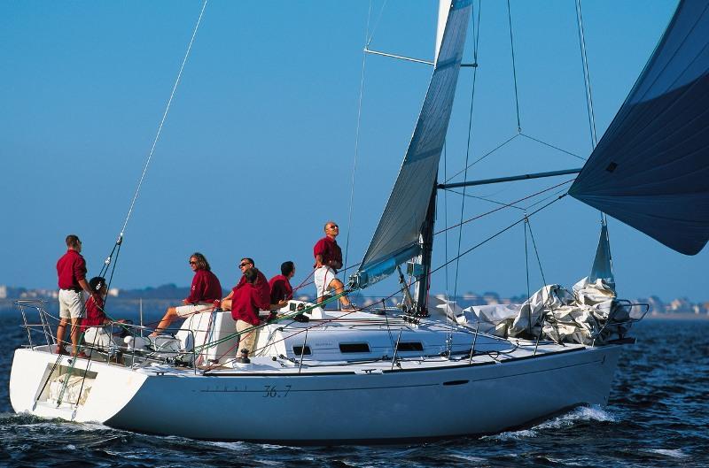 Navalia - Imbarcazione First 36.7 2