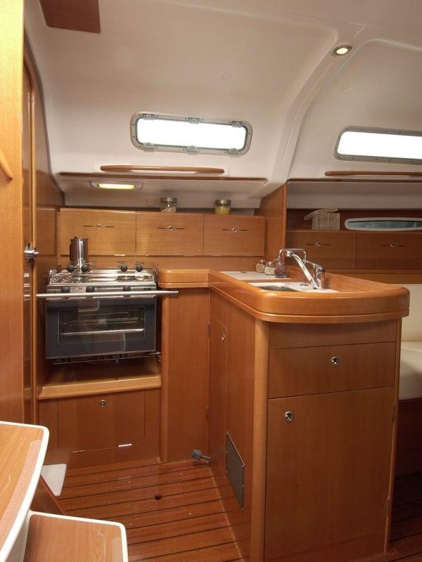 Navalia - Imbarcazione First 36.7 8