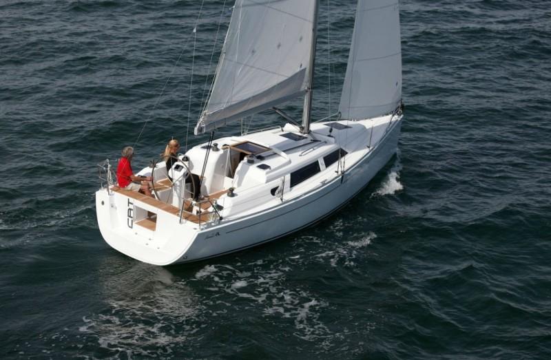 Navalia - Imbarcazione Hanse 325 1