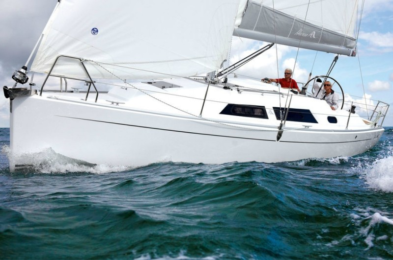 Navalia - Imbarcazione Hanse 325 2