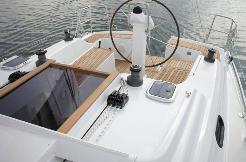 Navalia - Imbarcazione Hanse 325 4