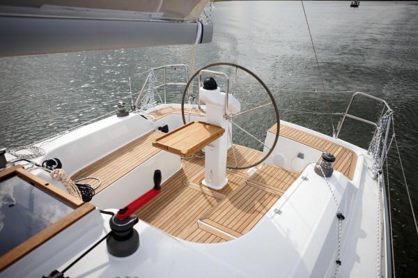 Navalia - Imbarcazione Hanse 355 4