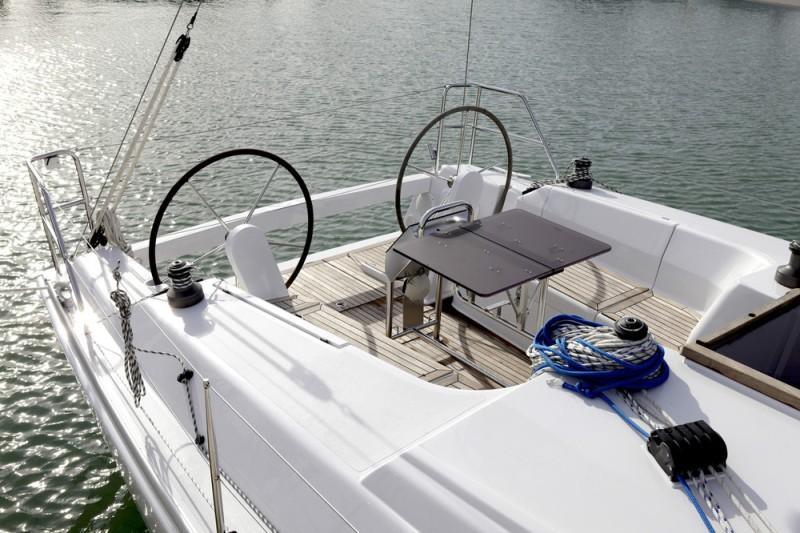 Navalia - Imbarcazione Hanse 375 5