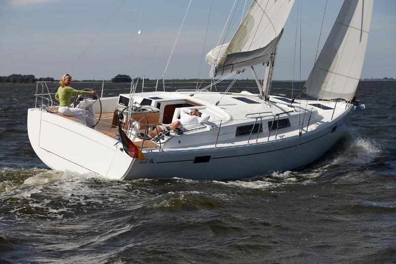 Navalia - Imbarcazione Hanse 385 1