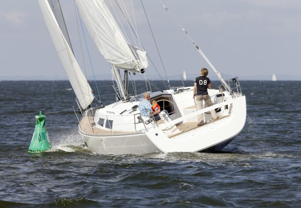 Navalia - Imbarcazione Hanse 400 1