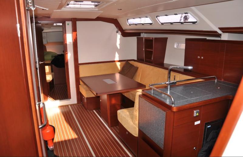 Navalia - Imbarcazione Hanse 430 5