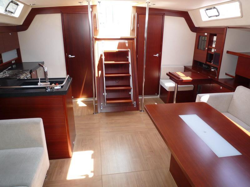 Navalia - Imbarcazione Hanse 540 6
