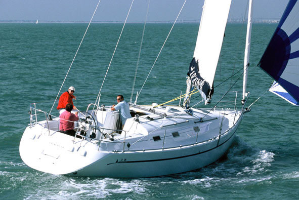 Navalia - Imbarcazione Harmony 38 2