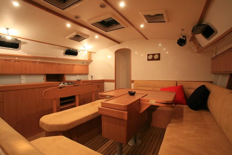 Navalia - Imbarcazione Harmony 52 4