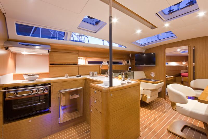 Navalia - Imbarcazione Jeanneau 53 7