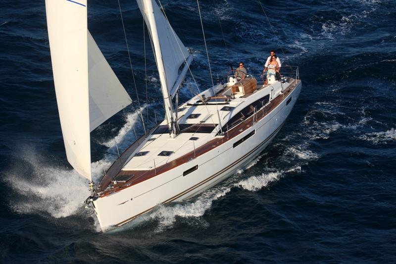 Navalia - Imbarcazione Jeanneau 53 3