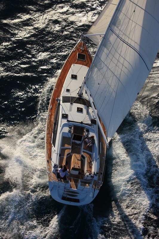 Navalia - Imbarcazione Jeanneau 53 4