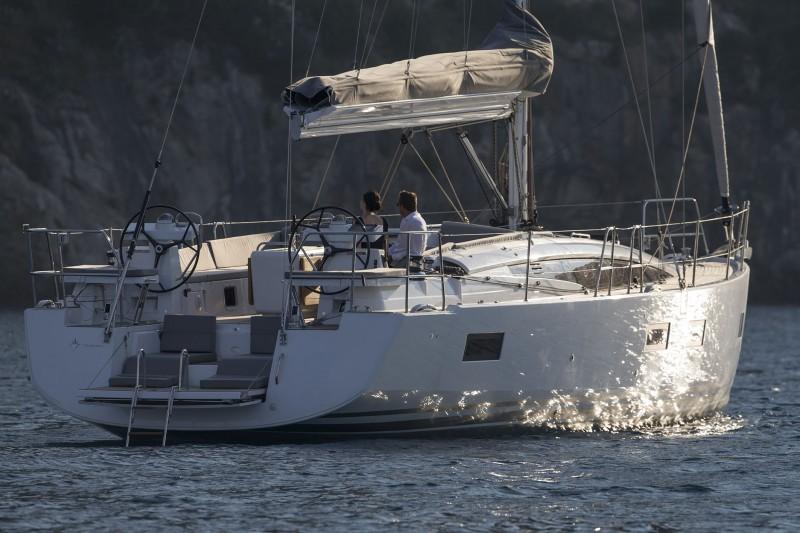 Navalia - Imbarcazione Jeanneau 54 3