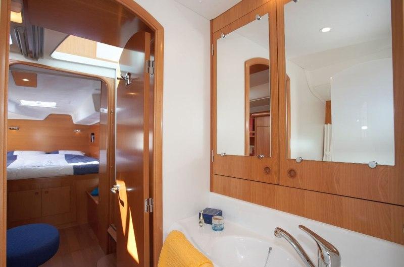 Navalia - Imbarcazione Lagoon 380 9
