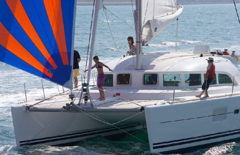 Navalia - Imbarcazione Lagoon 380 1