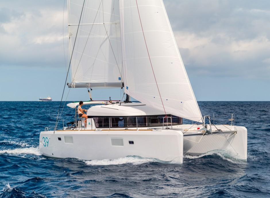 Navalia - Imbarcazione Lagoon 39 3