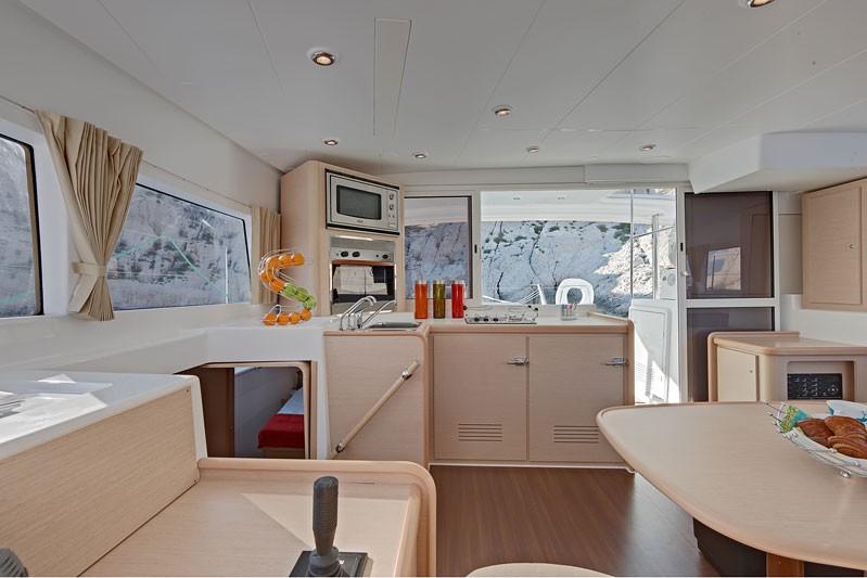 Navalia - Imbarcazione Lagoon 400 S2 7