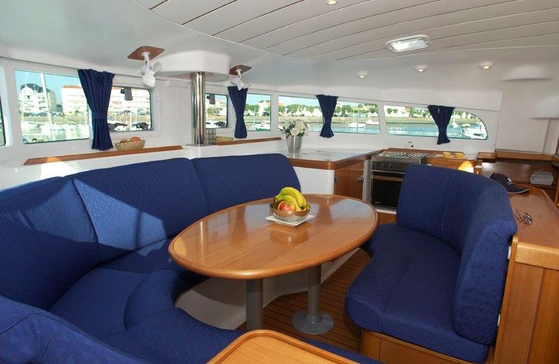 Navalia - Imbarcazione Lagoon 410 – 4 cab. con 2 WC 5