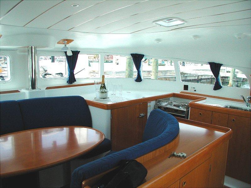 Navalia - Imbarcazione Lagoon 410 – 4 cab. con 2 WC 6
