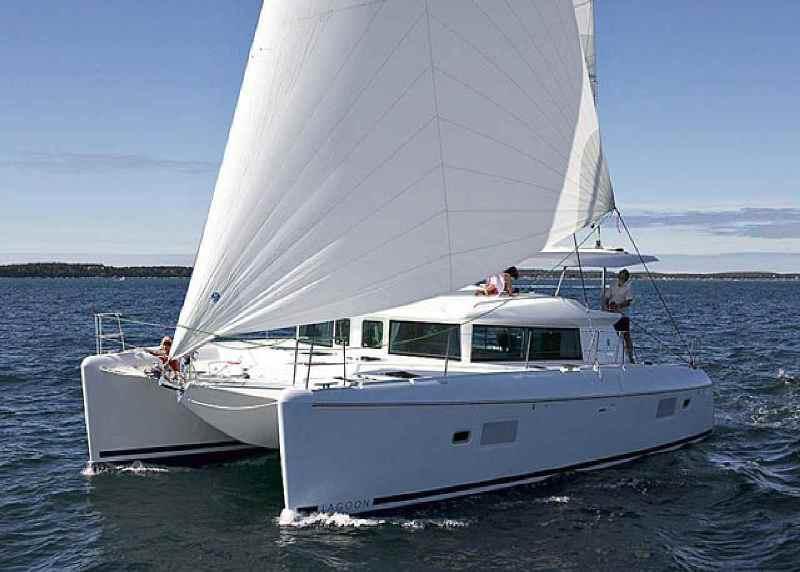 Navalia - Imbarcazione Lagoon 420 1