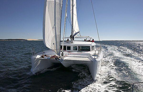 Navalia - Imbarcazione Lagoon 420 2