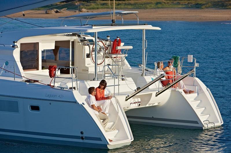 Navalia - Imbarcazione Lagoon 421 2