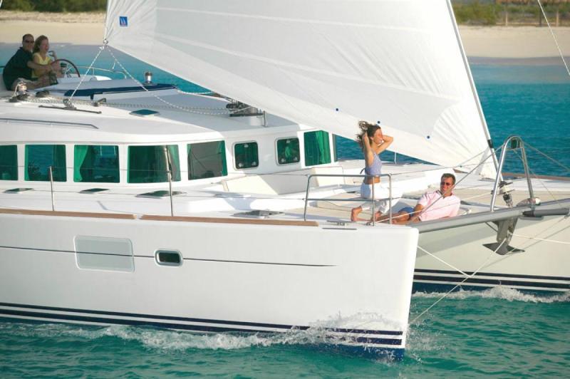 Navalia - Imbarcazione Lagoon 440 3