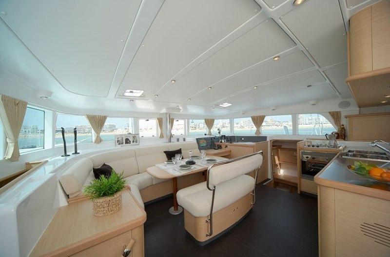 Navalia - Imbarcazione Lagoon 440 6