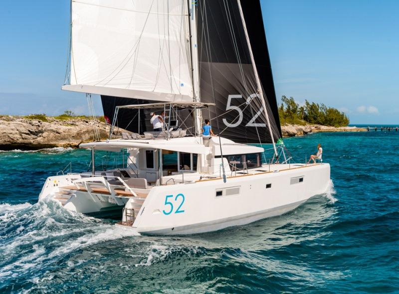 Navalia - Imbarcazione Lagoon 52 1