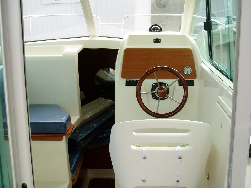 Navalia - Imbarcazione Jeanneau MF 725 6