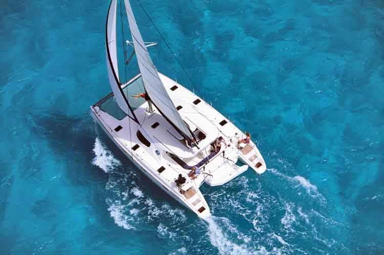 Navalia - Imbarcazione Nautitech 40 4