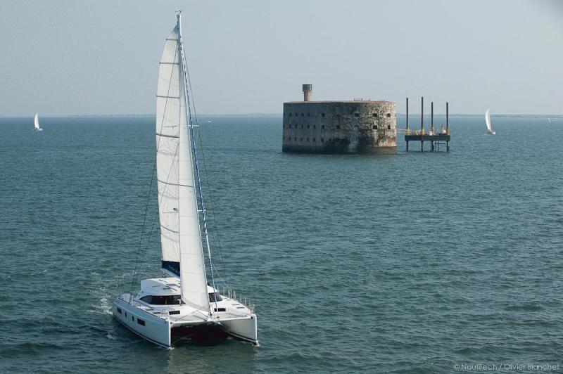 Navalia - Imbarcazione Nautitech 542 4