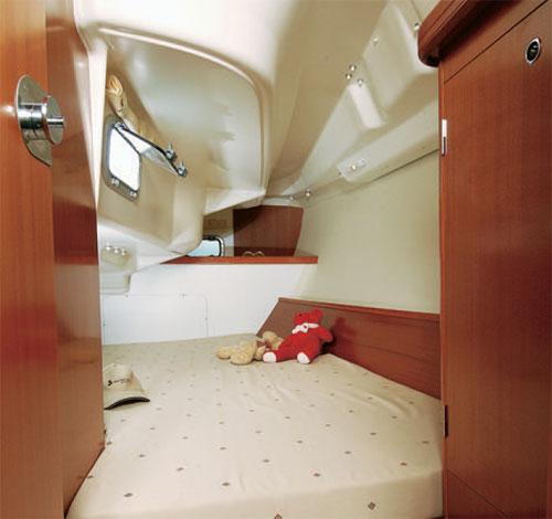 Navalia - Imbarcazione Oceanis 323 8