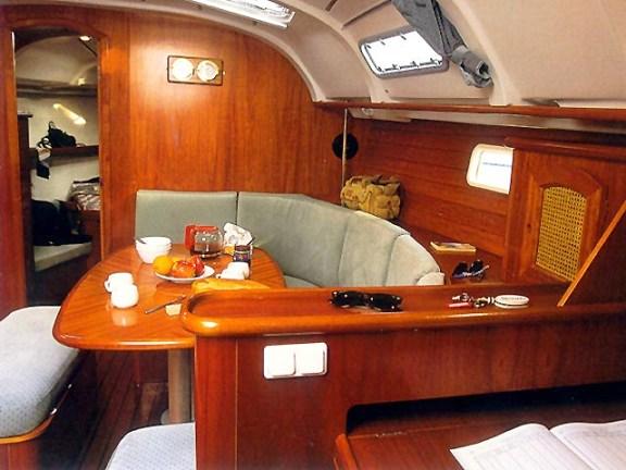Navalia - Imbarcazione Oceanis 331 4