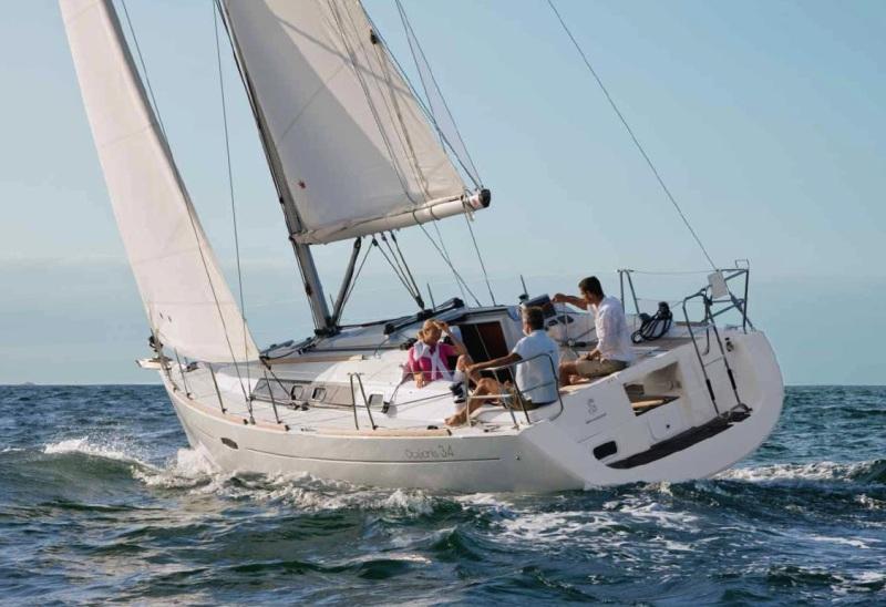 Navalia - Imbarcazione Oceanis 34 1