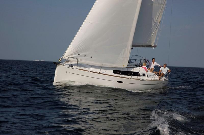 Navalia - Imbarcazione Oceanis 34 3