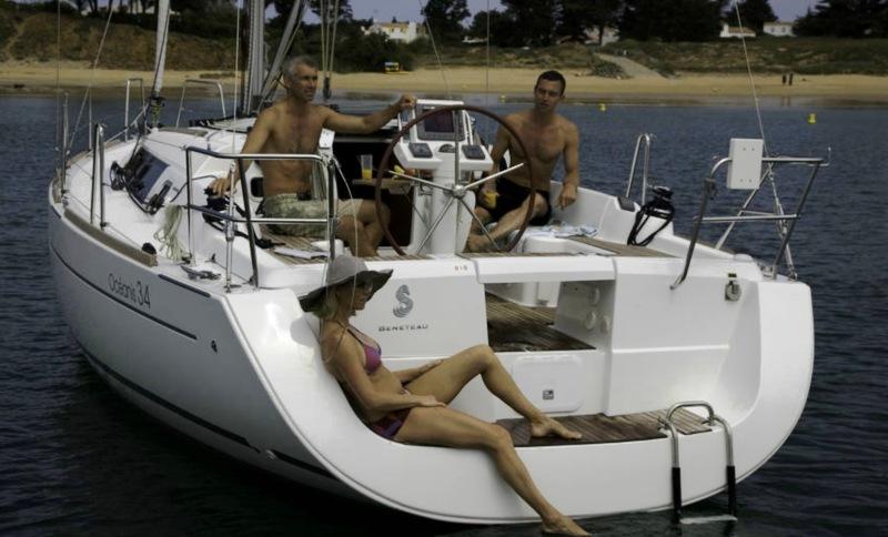 Navalia - Imbarcazione Oceanis 34 2