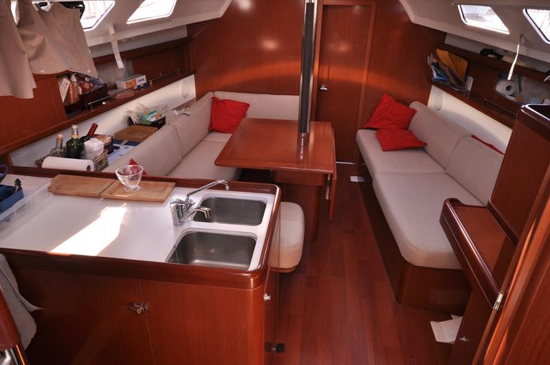 Navalia - Imbarcazione Oceanis 34 6