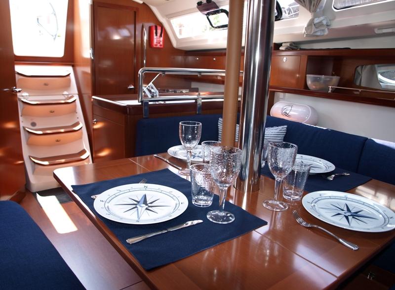 Navalia - Imbarcazione Oceanis 34 7