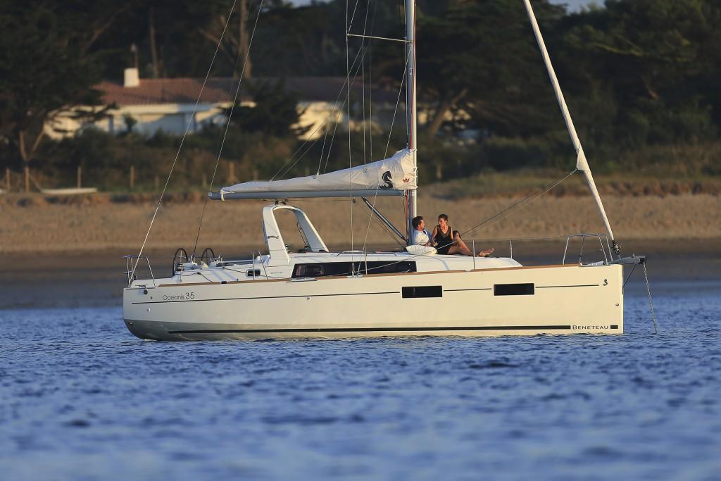 Navalia - Imbarcazione Oceanis 35 5