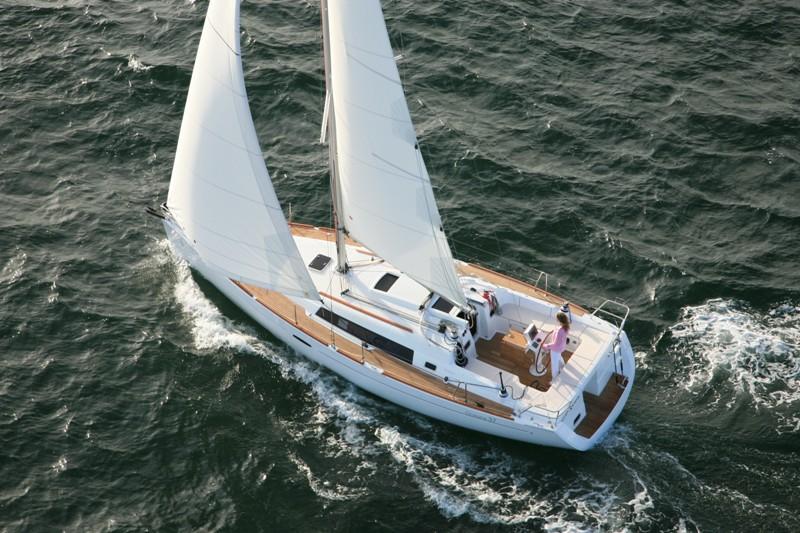 Navalia - Imbarcazione Oceanis 37 3