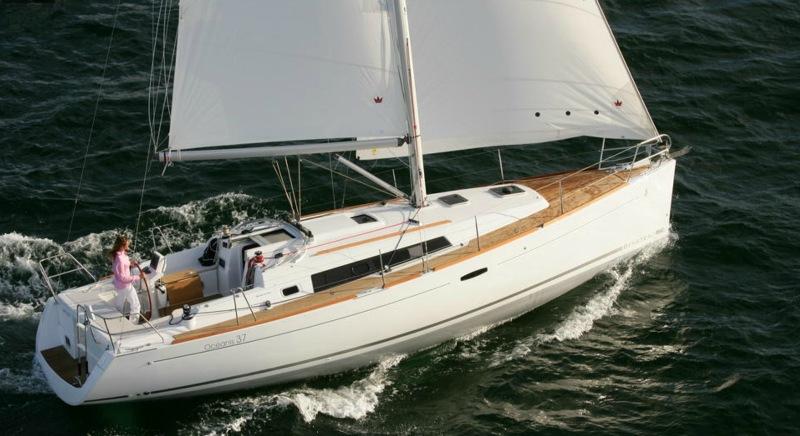 Navalia - Imbarcazione Oceanis 37 4