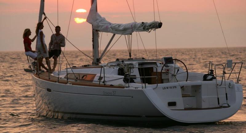 Navalia - Imbarcazione Oceanis 37 5